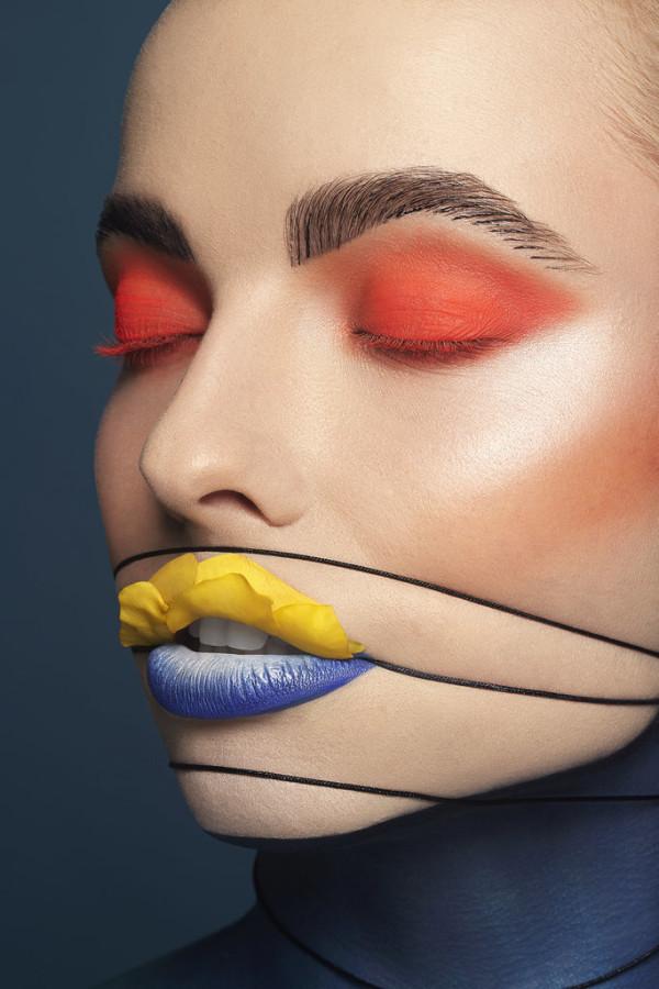 Makeup-Face-Art-Inspired-Fish2